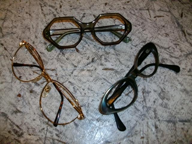 メガネと雑誌 006