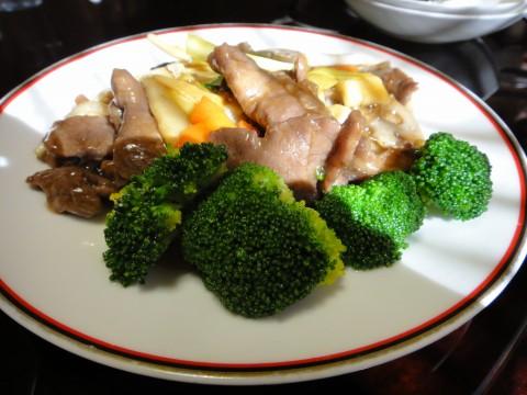 牛肉と黄ニラの炒め
