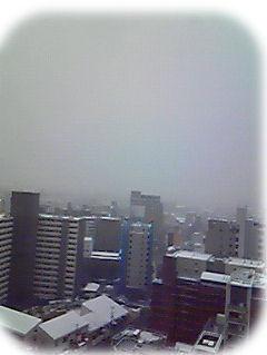 屋根にうっすら雪。
