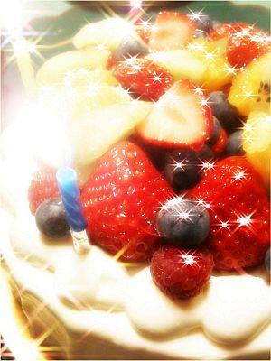 アプリMORENOELでケーキをゴージャス!