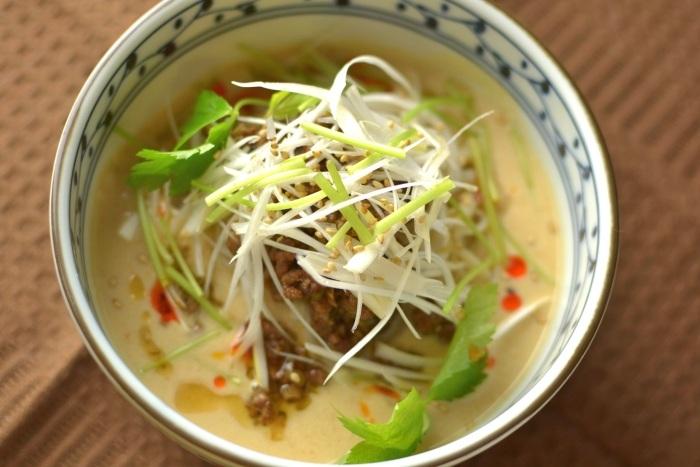 稲庭冷やし饂飩(ジャジャ麺風豆乳味噌仕立て