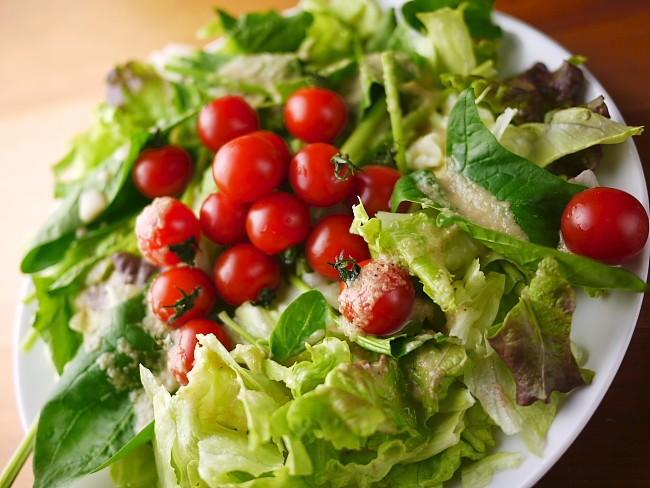 プチトマトサラダ