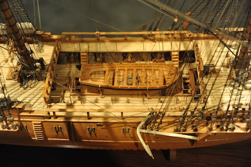 USS ESSEX 4