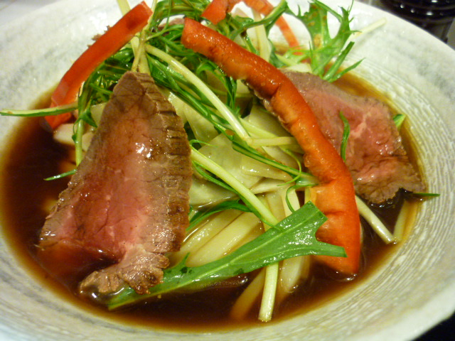 ローストビーフと冬野菜のサラダぶっかけ(ハーフ)
