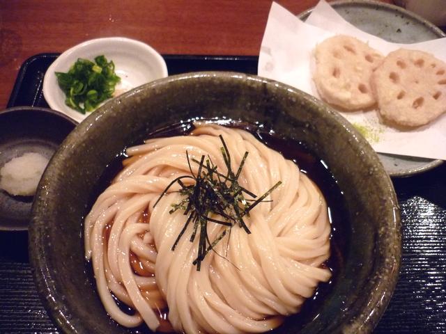 ぶっかけうどんとレンコンの天ぷら
