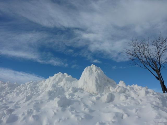 145除雪の山