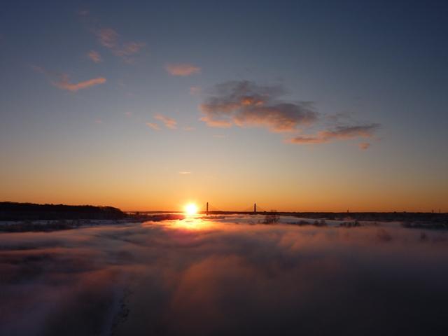 058日の出と雲海
