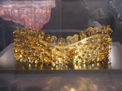 金と銀・三昧塚出土冠