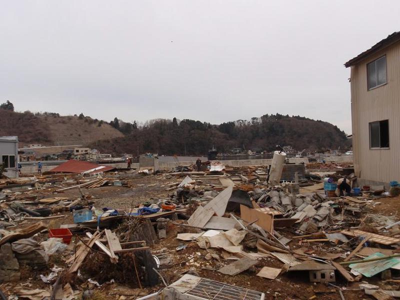 全壊した家々