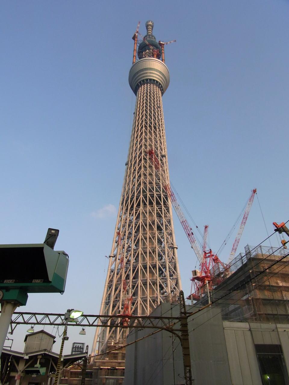 業平橋駅ホームからワイコンで撮影