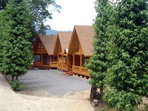 cottage02.jpg