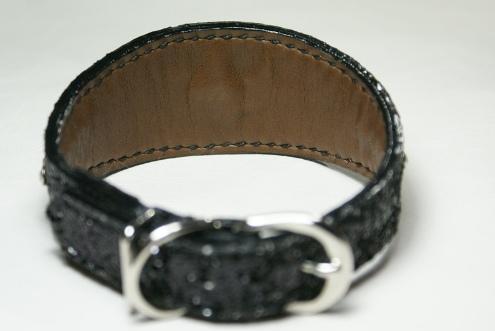 No.318総手縫いスパンコールデザイン首輪