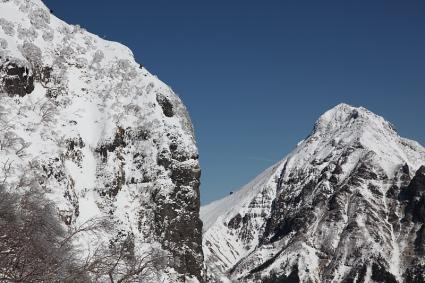 バリエーションルートを登るつわものと赤岳