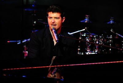 Robin Thicke- Slow Down (Tags)