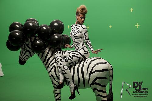 Rihanna- Rude Boy (Ted Smooth Remix)
