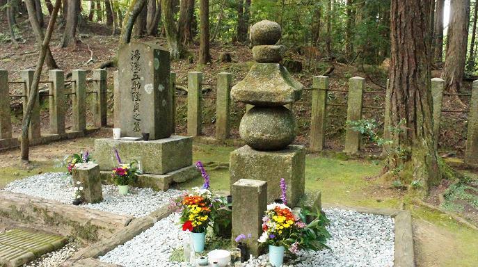 大谷吉継公の墓2