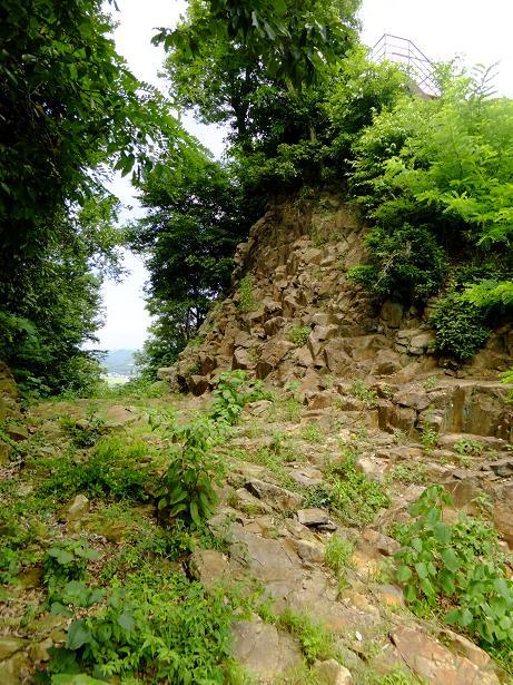 削られた岩盤