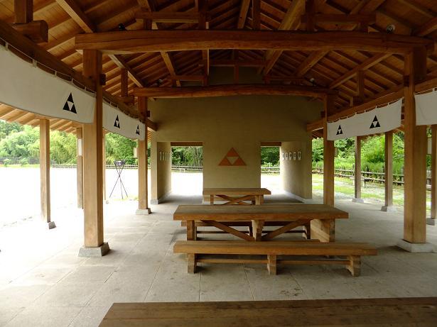 鉢形城休憩所2