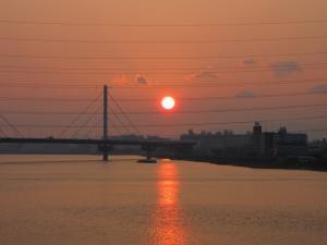 私の住む街の夕日