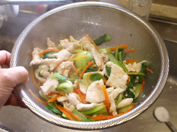 鶏胸肉と青梗菜のコクマヨ和え13