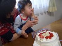 ケーキを切る前に味見