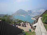 海を眺める(小)