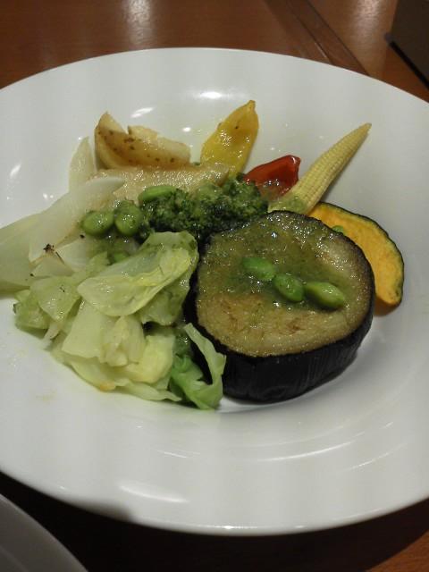 夏野菜の温かいサラダ