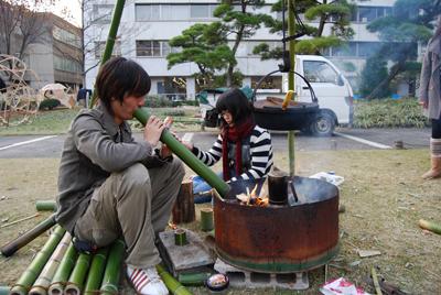 竹で火の守