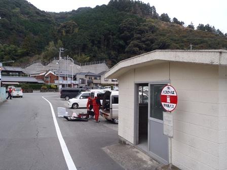 014 小さなバス停