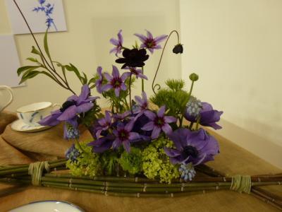 テーブルのお花1