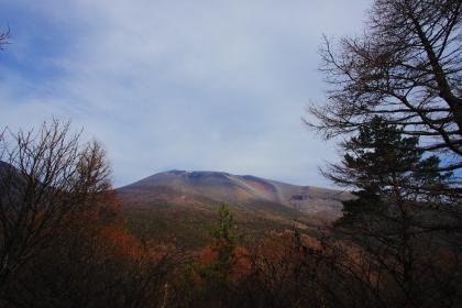 石尊山 登山 019 山頂より浅間