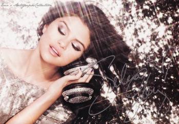 Selena Gomez 1-1