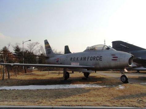 F-86F戦闘機