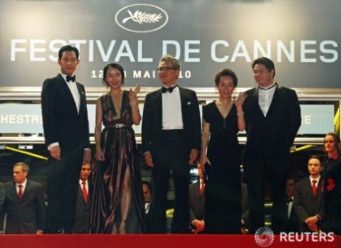 第63回カンヌ国際映画祭のイ・ジョンジェ