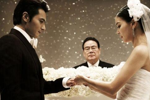 チャン・ドンゴンとコ・ソヨンの結婚式 媒酌人の李御寧先生