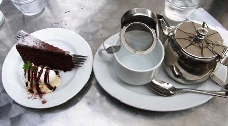 チョコクラシックケーキ