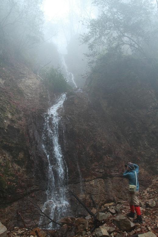 六甲 似位滝