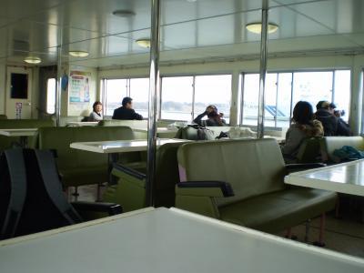 ベイクルーズ船内