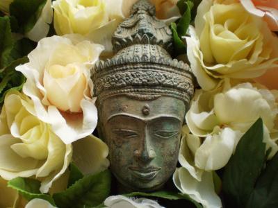 薔薇と仏像