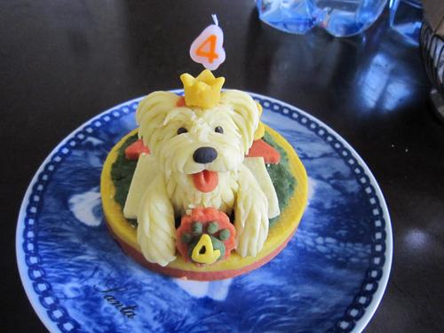 フィギュアのケーキ