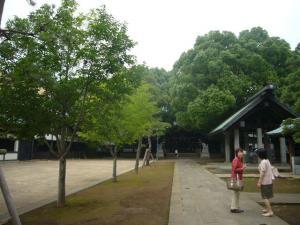 穴八幡宮3