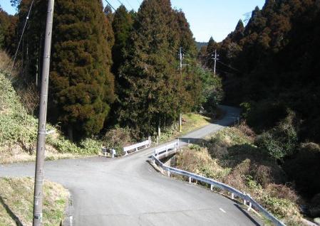 新村から井原山 001