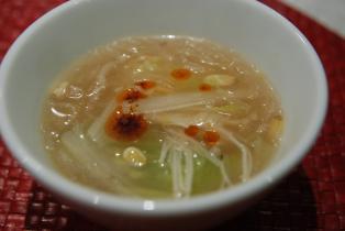 糸寒天と白菜のスープ