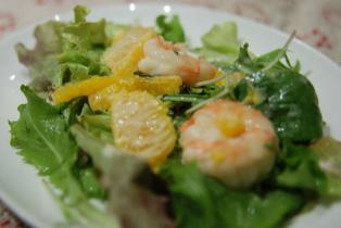 海老とオレンジのサラダ仕立て