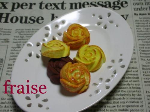 バラの焼き菓子2