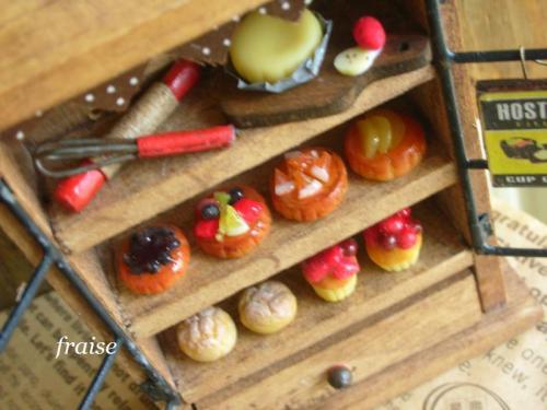ケーキキャビネット7