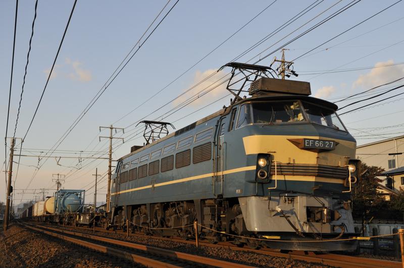 2070レ EF66-27号機