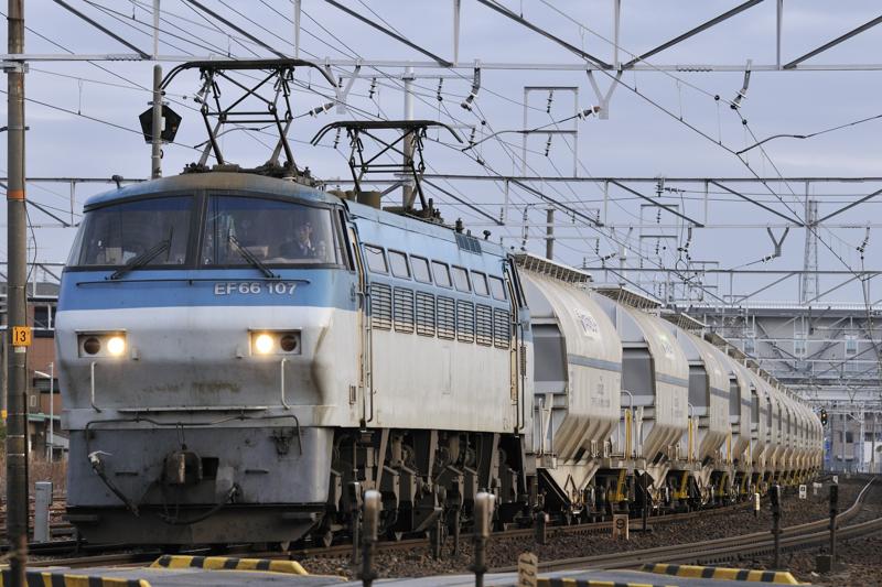 5767レ EF66-107号機