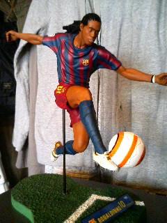 Ronaldinho figure