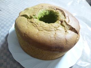 抹茶のシフォンケーキ1